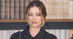 Margot Robbie odvažno prekršila dress code na reviji Chanela
