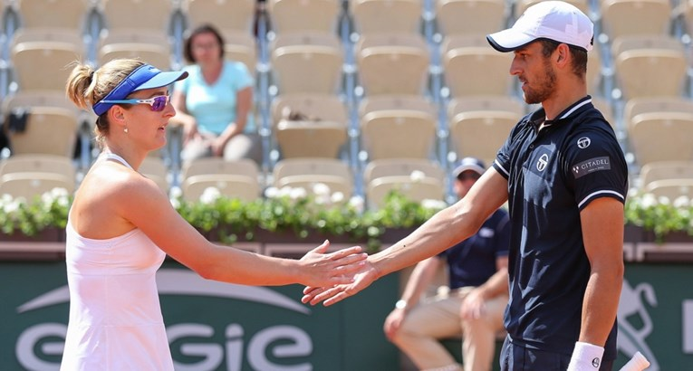 Pavic and Dabrowski in the quarterfinals of mixed doubles at Wimbledon