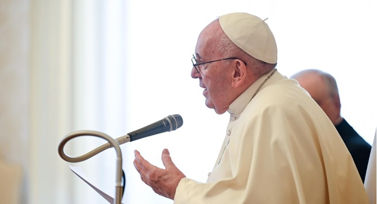 Pope Francis wants to visit Lebanon as soon as possible