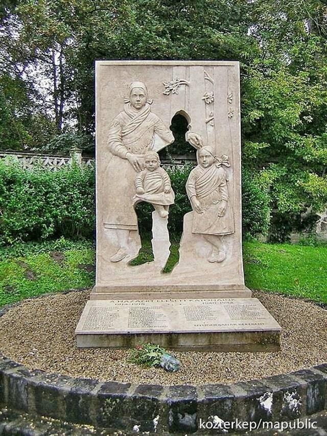4. Spomenih žrtvama Prvog svjetskog rata u Mađarskoj. Vrhunska ideja!