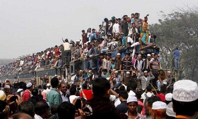 Ovo je uobičajena situacija u prijevozu u Bangladešu
