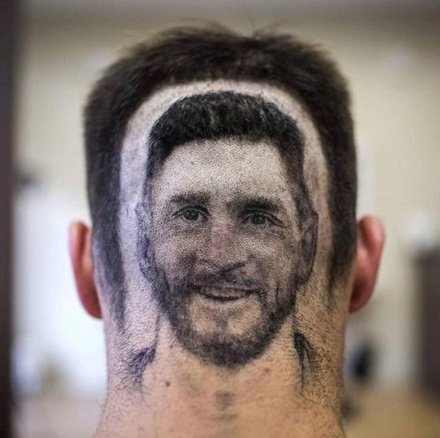 """19. On se svako jutro probudi s """"Messi"""" frizurom"""
