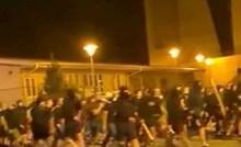 Ova fotka najbolje prikazuje tko su zapravo sinoćnji huligani sa zagrebačkih ulica; čisti pogodak!