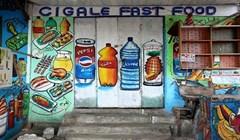 Kada je stanovništvo nepismeno, a dućani nemaju za reklamu, nastaju prava mala umjetnička djela!