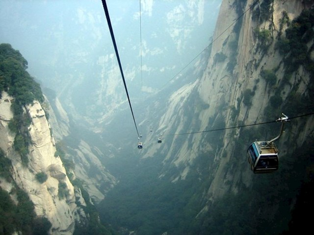 6. Mount Hua u Kini