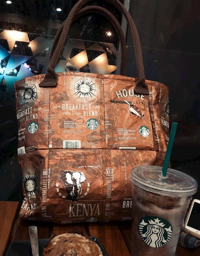Nekoliko kilograma kave poslije- konobarica iz ovog kafića ima novu torbu!