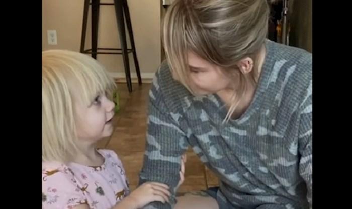 VIDEO Mama se ponašala kao dijete, a onda je snimala reakcije njezine dvogodišnjakinje; preslatke su