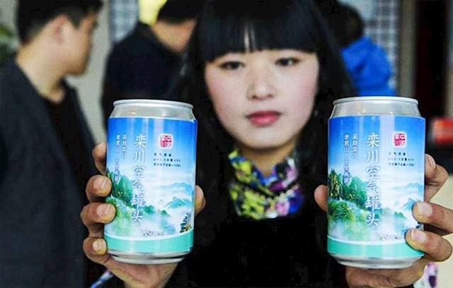Zrak u gradovima je toliko zagađen, da se na policama trgovina prodaje svježi zrak u limenkama
