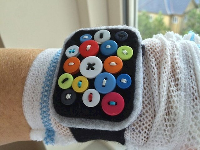 2. Imao sam operaciju srca i spomenuo sam sestri da bih trebao uzeti Appleov pametni sat da pratim otkucaje srca na njemu. Idući dan me zvala da mi donosi sat...