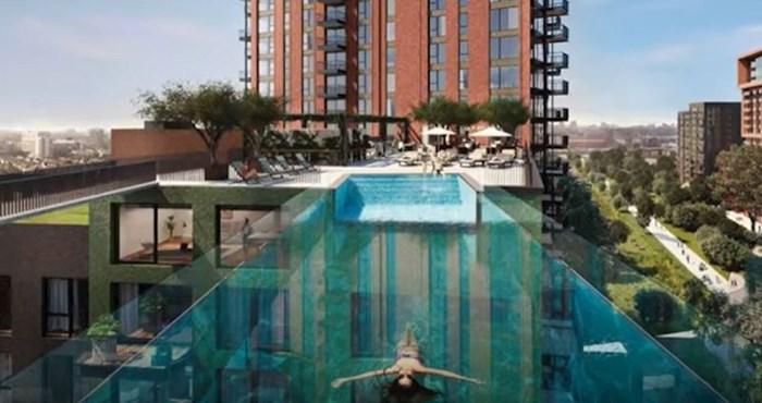 """London ima """"nebeski"""" bazen koji na visini od 35 metara povezuje dvije zgrade; biste li se usudili?"""