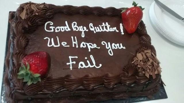 """Bivša šefica mi je poslala tortu za prvi dan novog posla"""