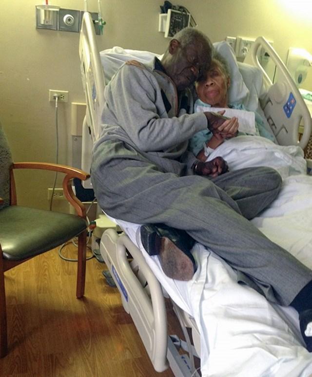 Baka boluje od demencije, a nedavno je doživjela i moždani. Vlastitu djecu ne prepoznaje, ali čim se probudila nakon što ju je hitna odvela u bolnicu, tražila je svog momka Willisa, mog djeda.