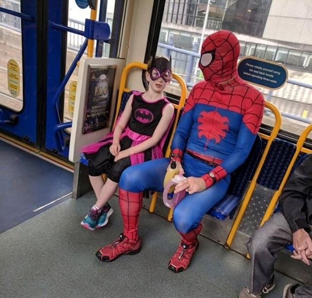 Superheroji se brinu za sigurnost svog grada!
