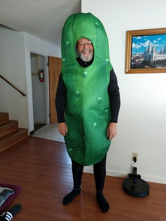 """""""Tata je htio biti kiseli krastavac za Halloween"""""""