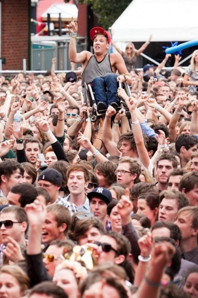 Koncert u Melbourneu kojeg će ovaj dečko pamtiti cijeli život radi ovih super ljudi!