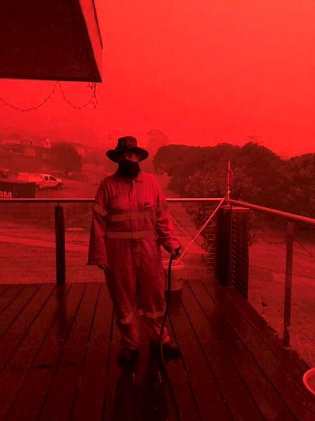 """""""Ova fotografija nije provučena kroz filter. Ovakvo je svjetlo bilo u Australiji za vrijeme sezone požara."""""""