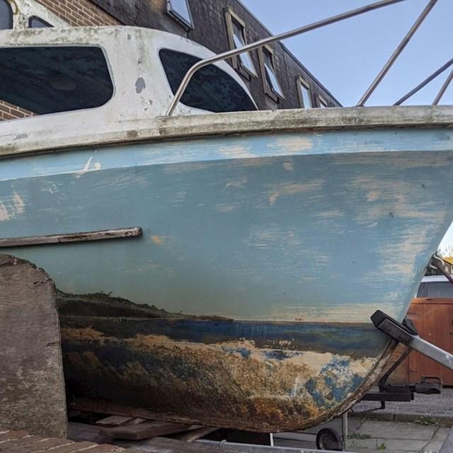 Dno starog broda izgleda kao umjetničko djelo