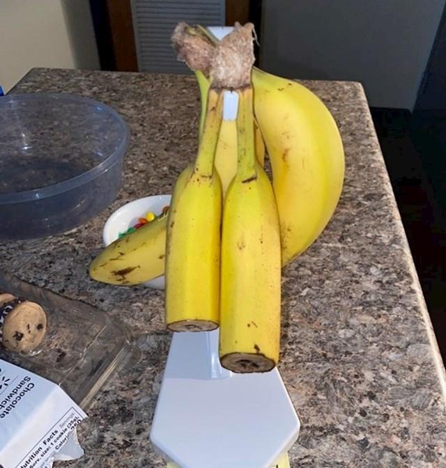 9. Cimer koji ovako jede banane