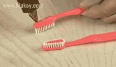 Uzeo je četkice za zube i zalijepio ih, a razlog je praktičniji nego što mislite