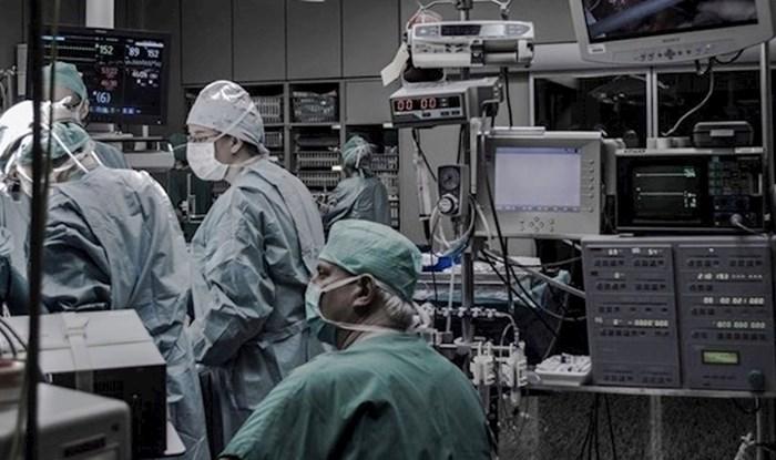 Doktor poginulim pacijentima gleda Facebook profile, a razlog je ljude potaknuo na razmišljanje