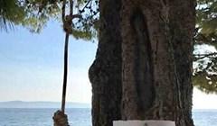 Netko je odlučio proširiti turističku ponudu na Jadranu, uz plažu je postavio nešto potpuno neprimjereno
