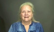Starija žena se za svoju 50. godišnjicu odlučila pretvoriti u potpuno novu osobu