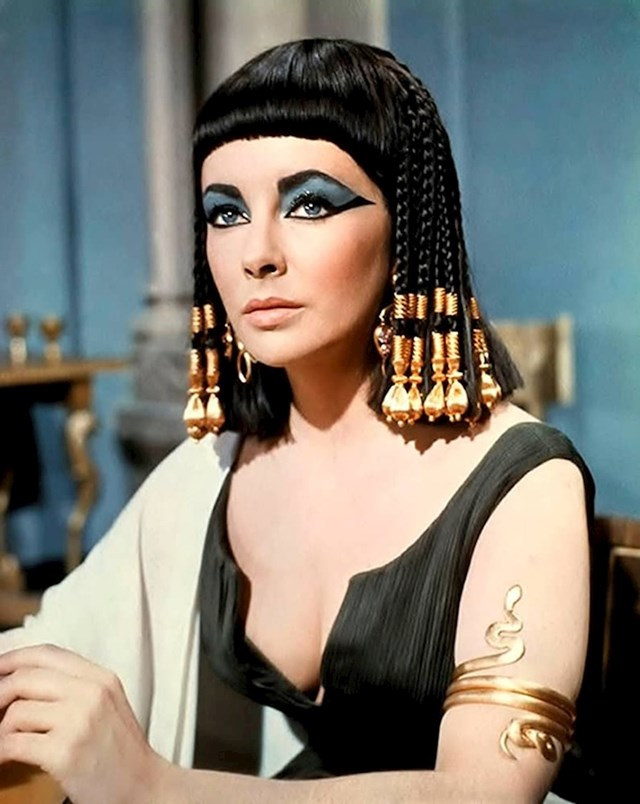 Elizabeth Taylor — Kleopatra (1963)