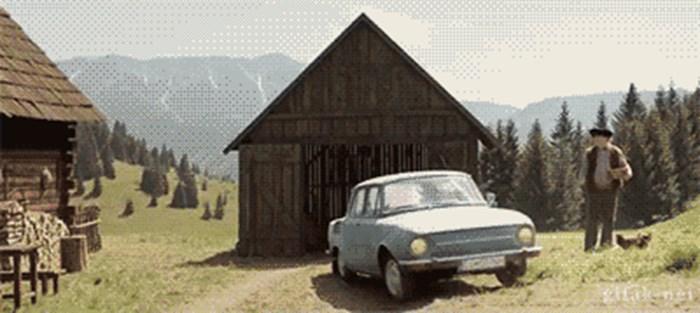 Kako ljudi s farme parkiraju auto u garažu: Pomoć moderne tehnologije nije zanimljiva kao ovo