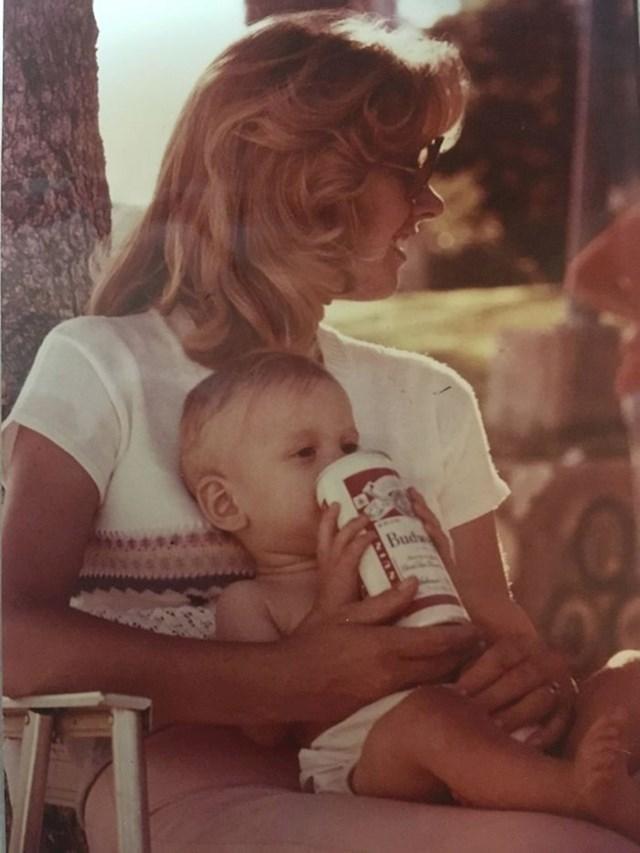 """""""Mama mi je dala da probam pivo."""""""