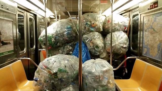 Pohvalno je reciklirati boce i limenke, no ovdje je netko pretjerao...
