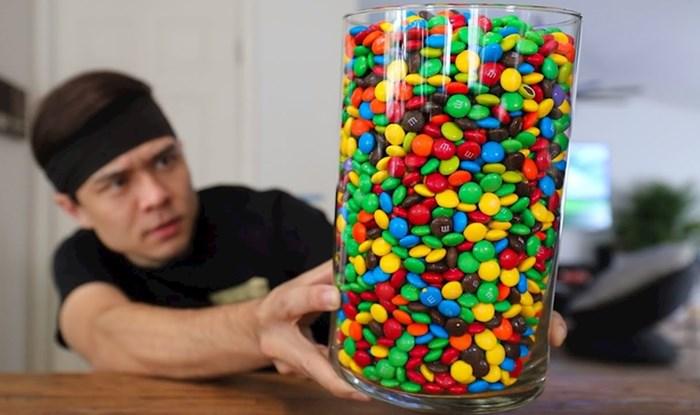 BRUTALAN IZAZOV 🍬 Lik je htio vidjeti može li pojesti 4 tisuće M&M's bombončića odjednom