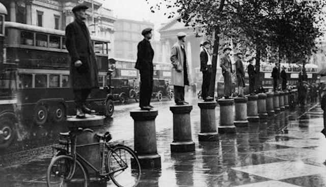 Prosvjed 1000 nezaposlenih ljudi tijekom Velike depresije, London, 31. listopada 1932.