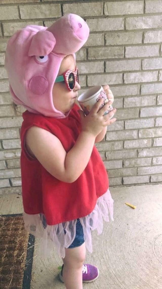 """""""Ovako se moja kćerkica oblači kad s bratom hoda do škole."""""""