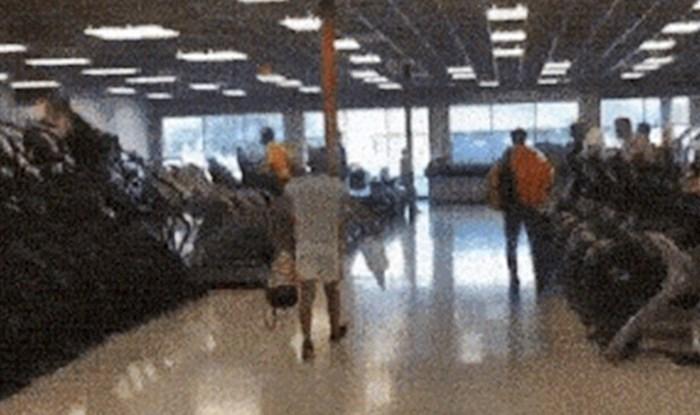 Netko je snimio lika koji se osjećao skroz napumpano kad je iz teretane krenuo kući