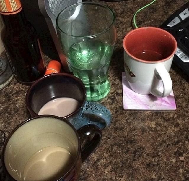 """""""Moja žena SVAKI PUT ostavi bar malo pića u čaši ili šalici, nikad ne popije do kraja."""""""