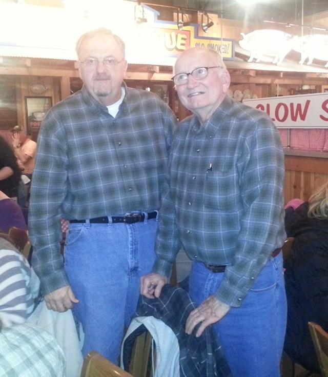 Ženina i muževa obitelj međusobno su se upoznavale, djedovi su shvatili da vole isti stil...