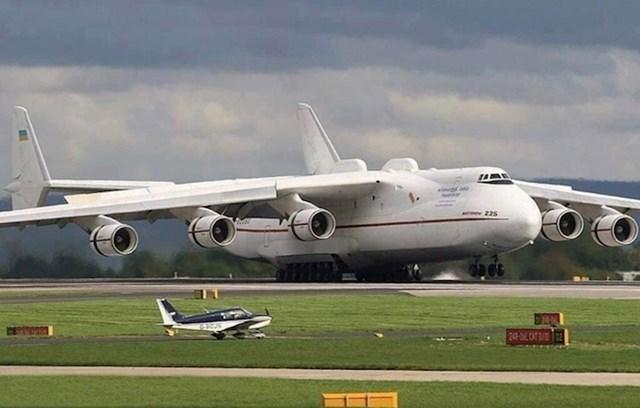 I jedno i drugo nazivamo zrakoplovima.
