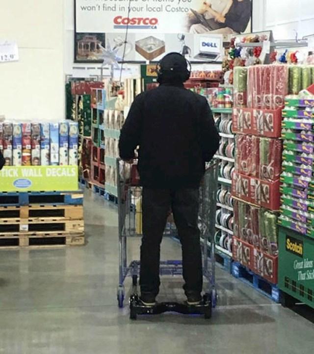Ovako je brže obavljao kupovinu...