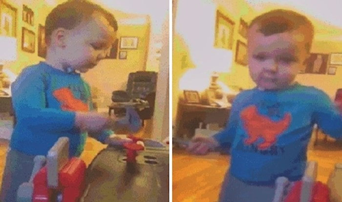 Dječačić se igrao s plastičnim čekićem, nasmijao je mamu kad je učinio nešto što nije očekivala