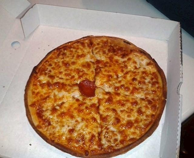 U ovoj pizzeriji nikad više ne biste naručili pizzu s kobasicom.