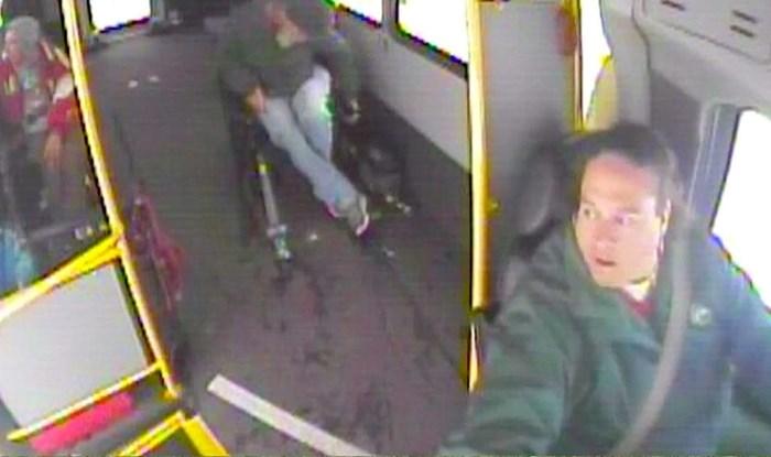 VIDEO Kad je pogledala prema desno, vozačica autobusa se odmah zaustavila i pozvala policiju