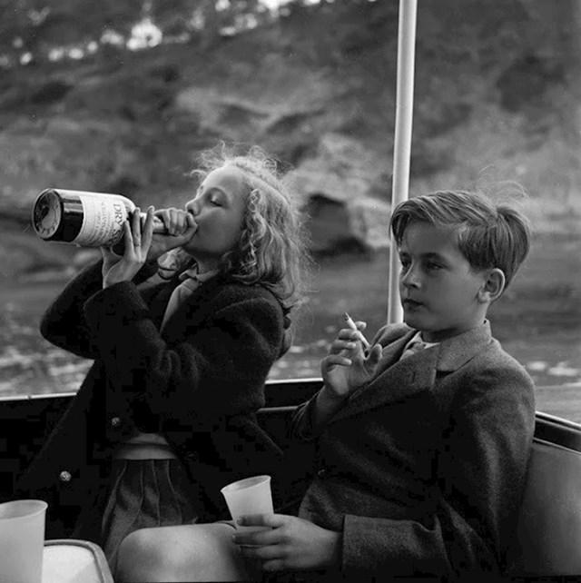 Princeza Yvonne i princ Alexander u Njemačkoj, 1955. godina
