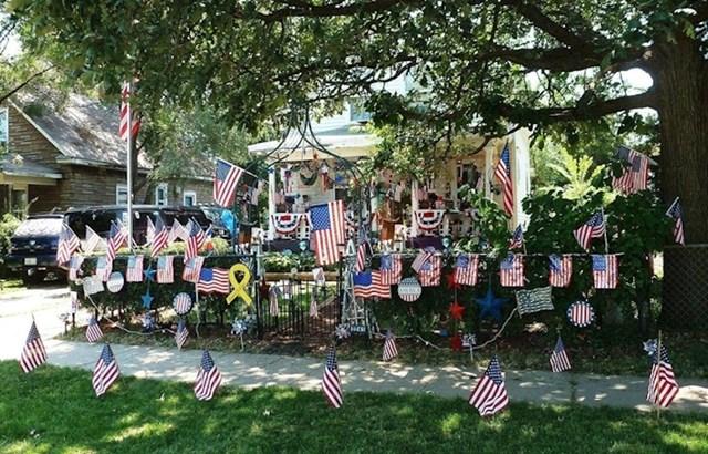 """""""Moj susjed je veliki patriot."""""""