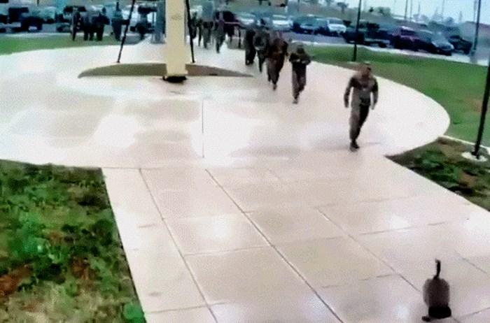 Vojnik je morao svoju hrabrost dokazati u najneočekivanijem mogućem trenutku, evo što mu se dogodilo