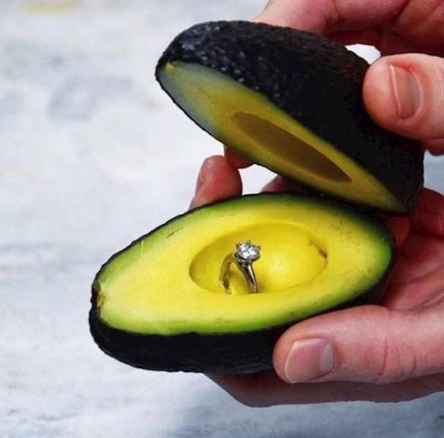 Zaručnički avokado