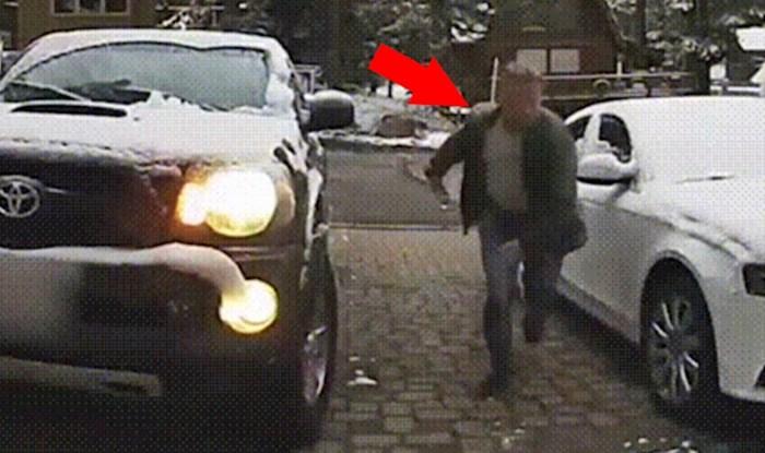 Lik se približio svom autu pa počeo bježati od straha, pogledajte što ga je dočekalo