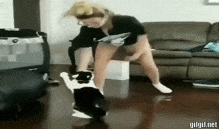 Mačka se odlično osvetila djevojci koja je glumila da je želi tući