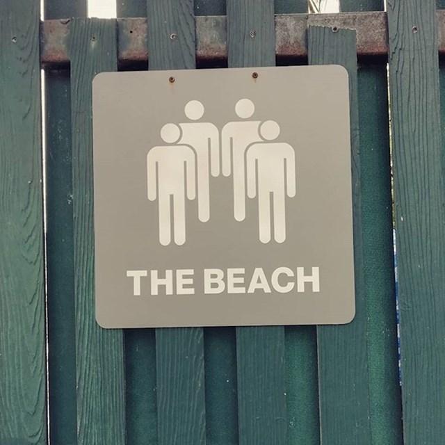 Nije li ovo malo bizaran znak za plažu? Što bi ovo trebalo značiti?