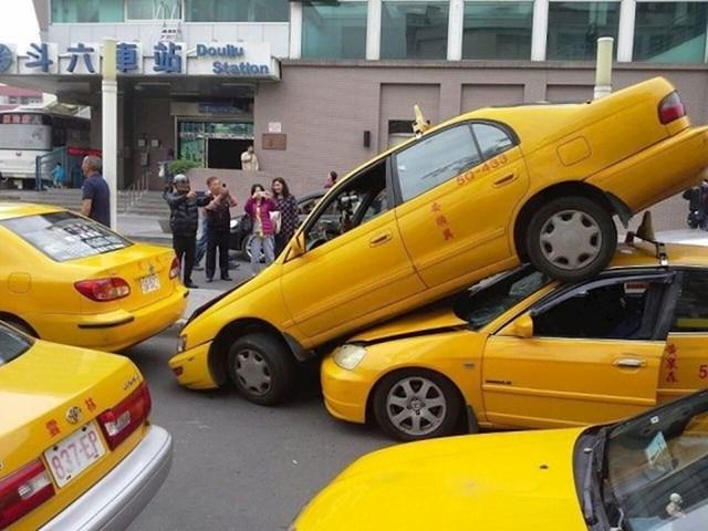 Ovo je sigurno bilo mjesto s najvećom koncentracijom taksija u gradu.