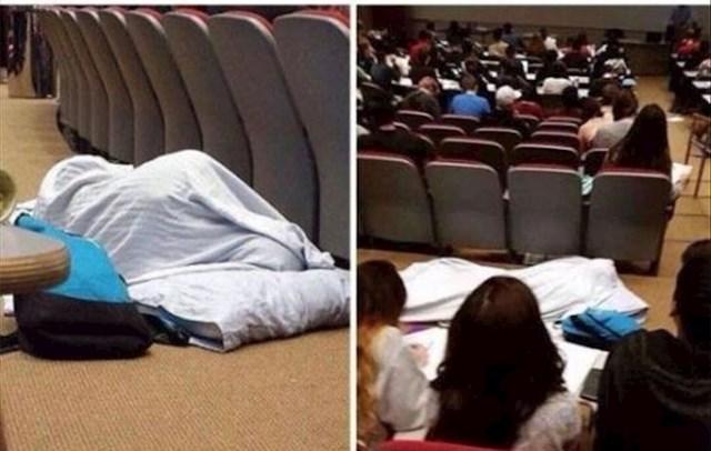 Ono kad želiš još spavati, ali prisustvo predavanjima donosi bodove za prolazak...